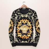 Versace Long Sleeved Sweater 004