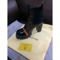 LV Short Boost Women Shoes 004