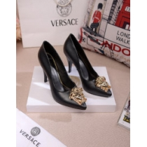 Versace Women Shoes 004